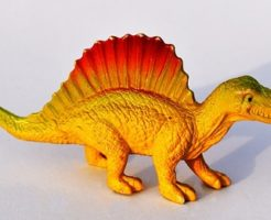 スピノサウルス 化石 日本 博物館